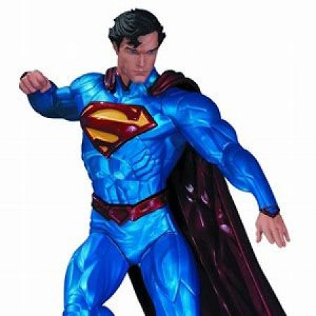 Superman Statue by Kenneth Rocafort - Dc Collectibles