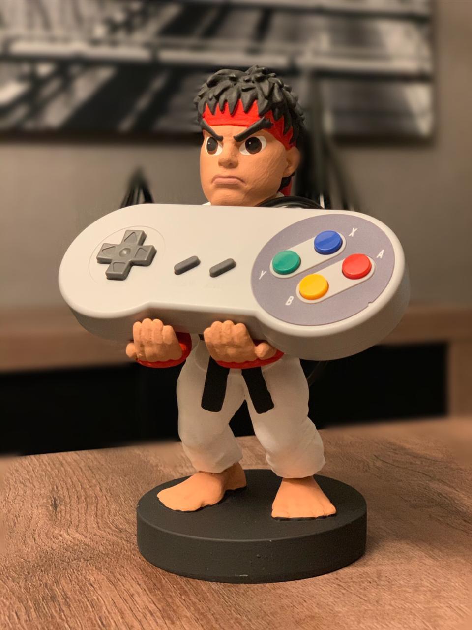 Suporte Para Celular e Controle de Vídeo Game: Ryu (Street Fighter)