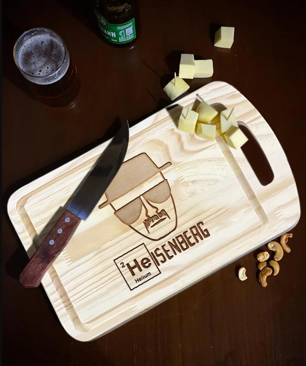 Tábua de Carne de Madeira Breaking Bad Walter White Heisenberg Netflix - EV