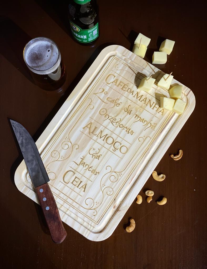 Tábua de Carne de Madeira Horário de Almoço Hobbit