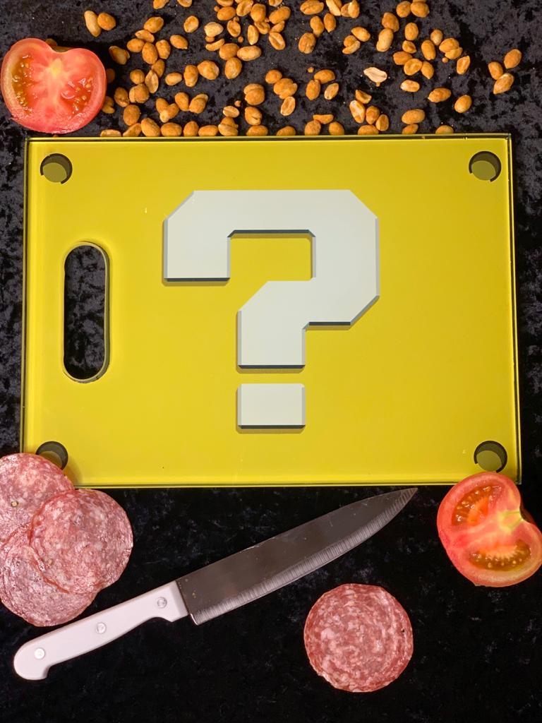 Tábua de Carne de Vidro Cubo Interrogação: Super Mario Bros (35x25cm)