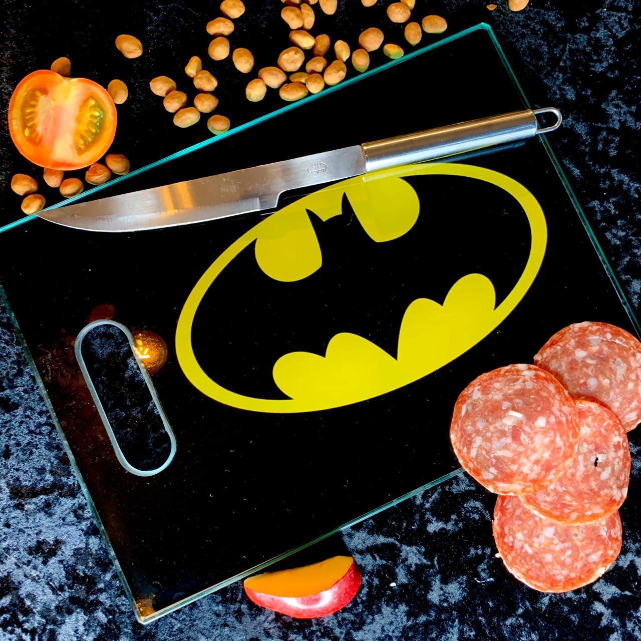 Tábua de Carne de Vidro Logo Batman: DC Comics - (35x25cm)