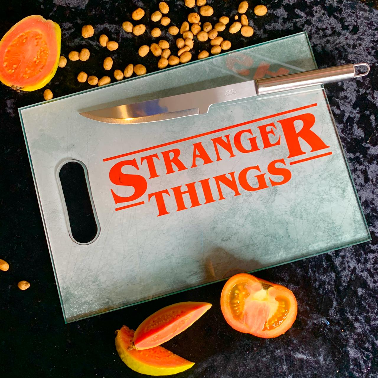 Tábua de Carne de Vidro Stranger Things (35x25cm)