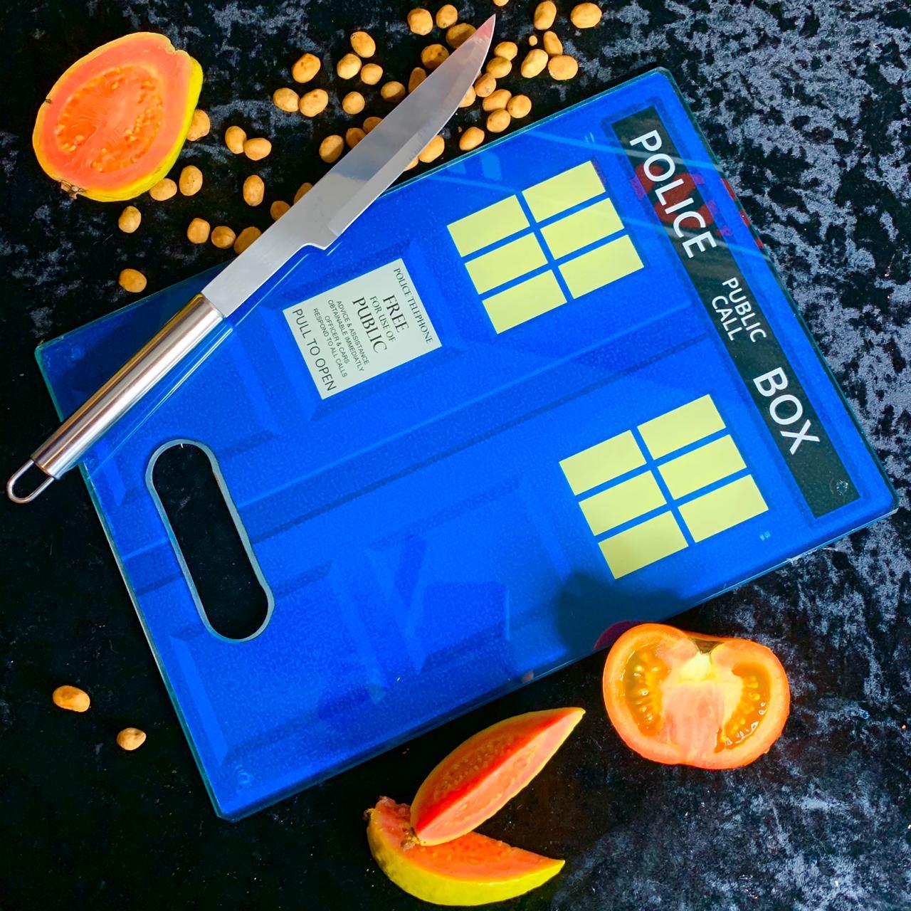 Tábua de Carne de Vidro TARDIS: Doctor Who (35x25cm)