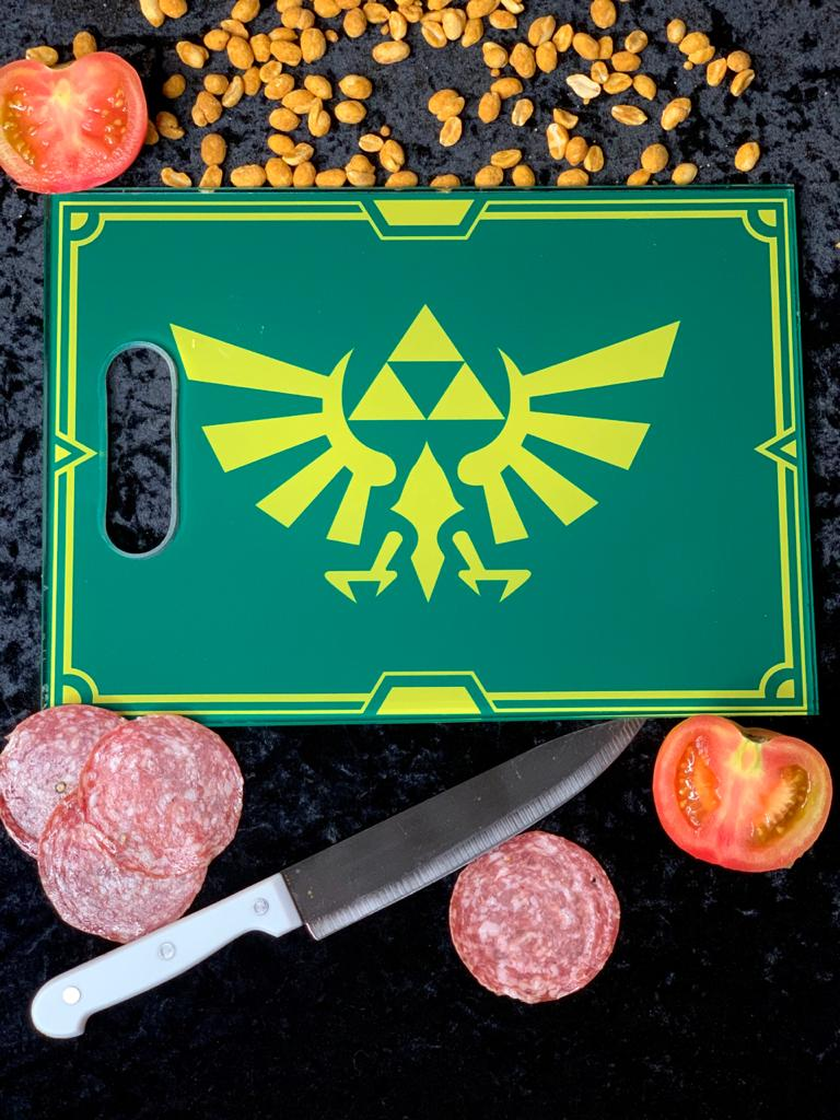 Tábua de Carne de Vidro Triforce: A Lenda de Zelda (The Legend of Zelda) - (35x25cm)