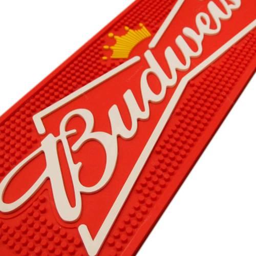 Tapete de Pia Budweiser