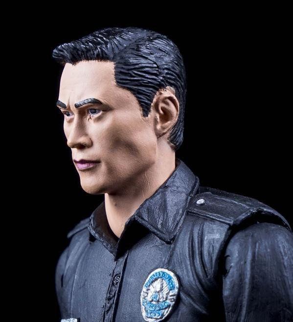 Boneco T-1000: O Exterminador do Futuro: Gênesis Series 1 Escala 1/10 - Neca - CD