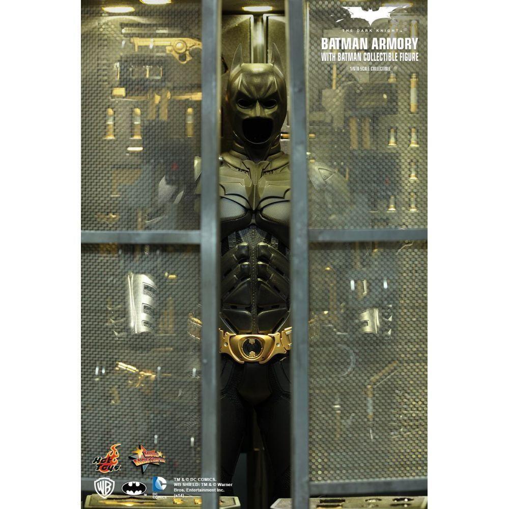 The Dark Knight Batman Armory, Batman & Alfred - Hot Toys