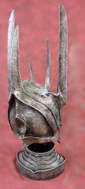 The Lord Of The Rings: Helm Sauron - United Cutlery - CG