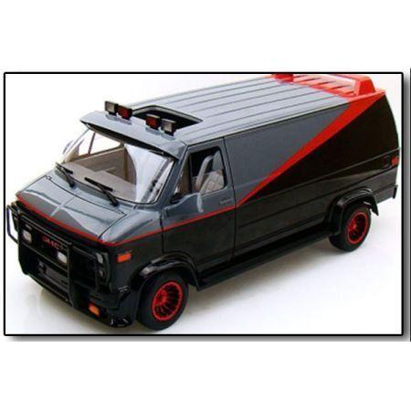 Van Esquadrão Classe A 1:18 - Hot Wheels