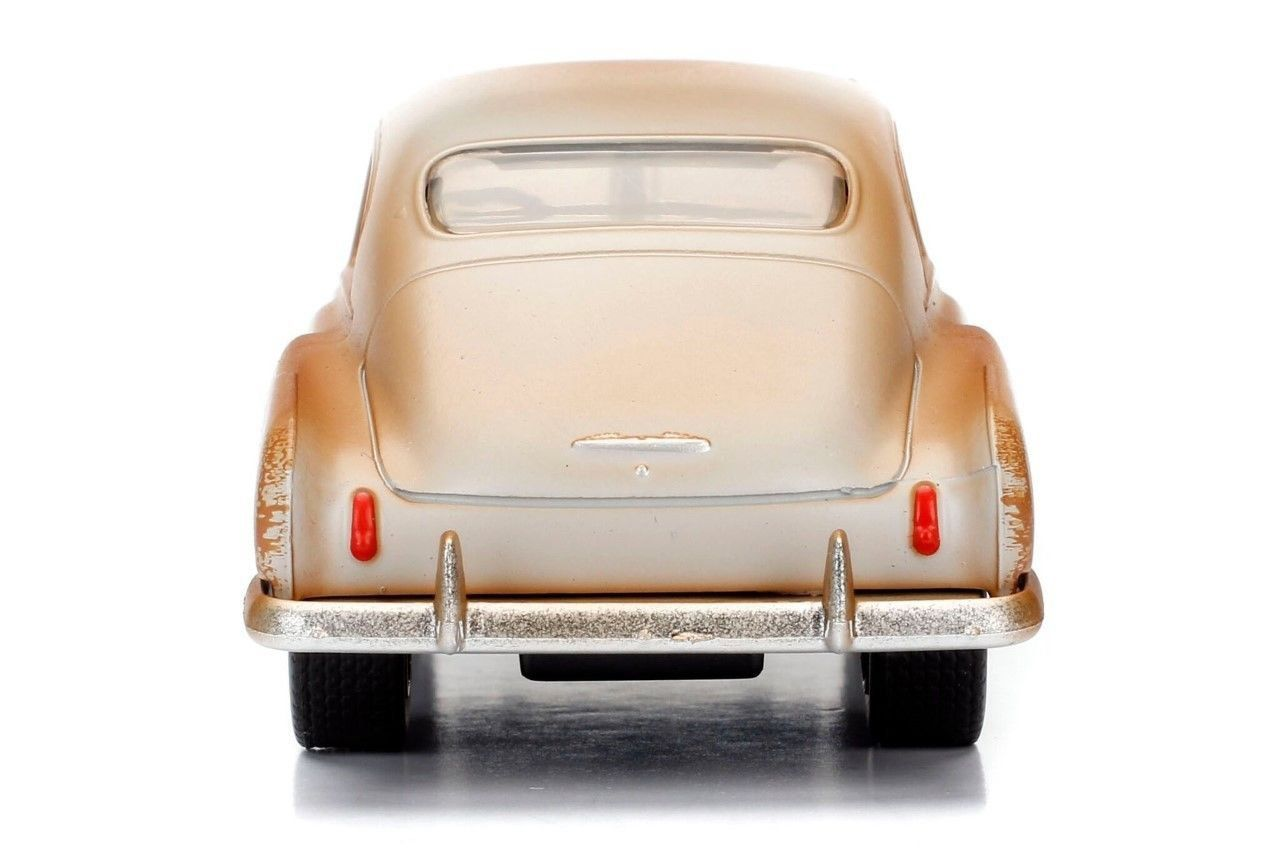 Velozes e Furiosos: 1951 Chevy Fleetline Die Cast Escala 1/32