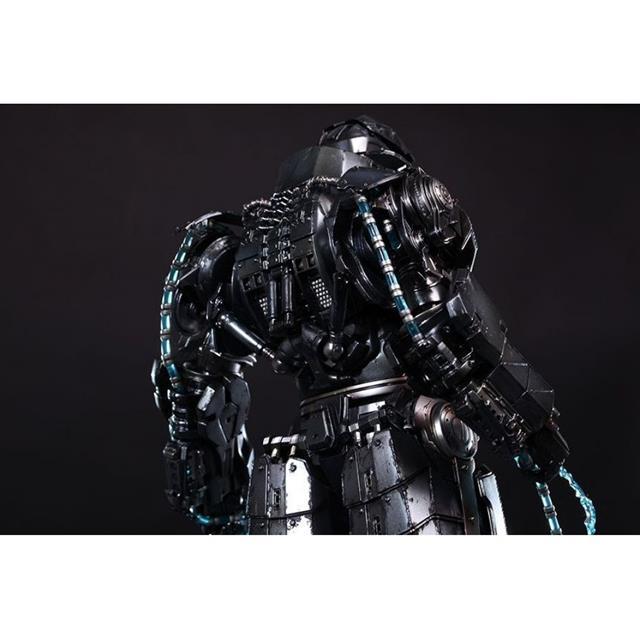 Boneco Whiplash (Chicote Negro) Mark II: Iron Man 2 (Homem de Ferro 2) Diecast Movie Masterpiece Escala 1/6 - Hot Toys - CG