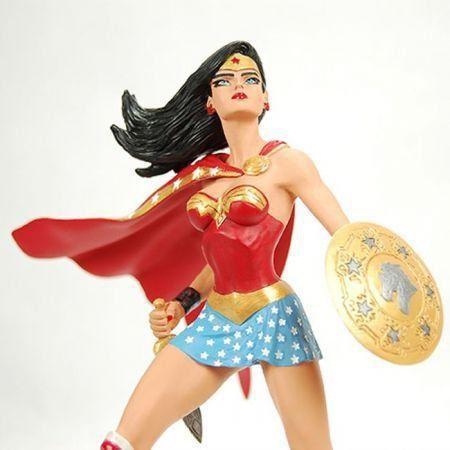 Wonder Woman Art of War Jim Lee Estátua - DC Collectibles