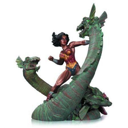 Wonder Woman vs Hydra Patina Statue - Dc Collectibles