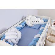 Protetor de Berço em Trança Azul Bebê e Branco 4m