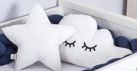 Almofada Cílios Nuvem Branca  - Toca do Bebê