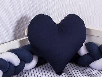 Almofada Coração Azul Marinho  - Toca do Bebê