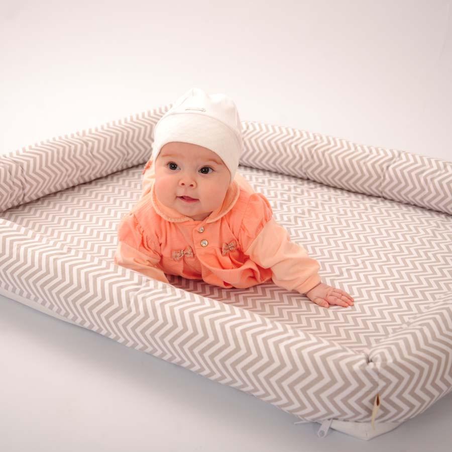 Colchonete Infantil Chevron Cinza  - Toca do Bebê