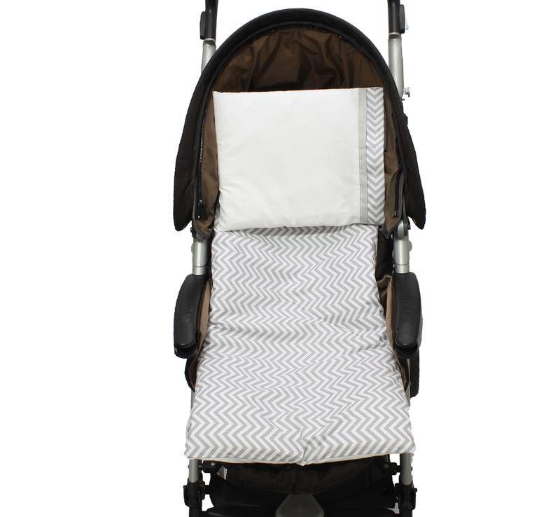 Colchonete Para Carrinho Chevron Cinza 02 Peças  - Toca do Bebê