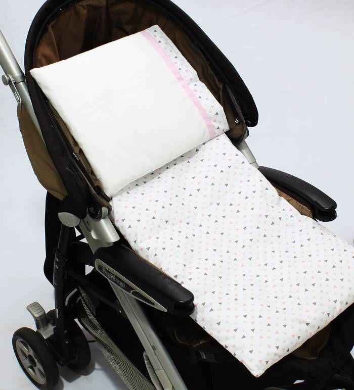 Colchonete Para Carrinho Triângulo Branco com Rosa 02 Peças  - Toca do Bebê