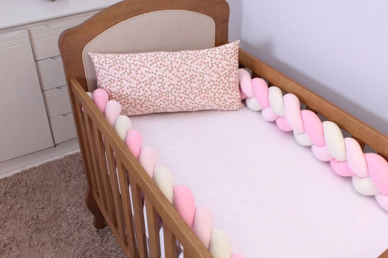 Kit de Berço Trança Triângulo Rosa com Cáqui 06 Peças  - Toca do Bebê