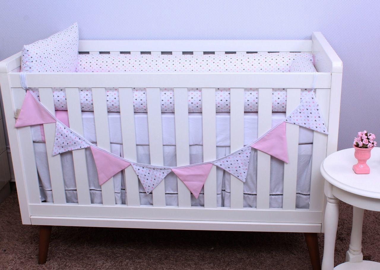 Kit de Berço Triângulo Branco com Rosa 08 Peças   - Toca do Bebê