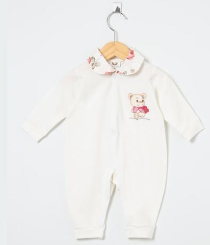 Macacão Manga Longa Ursinha Floral Palha  - Toca do Bebê