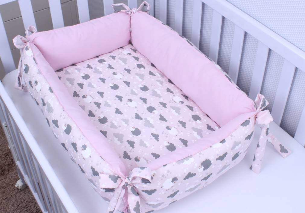 Ninho para Bebê Redutor de Berço Ovelha Rosa