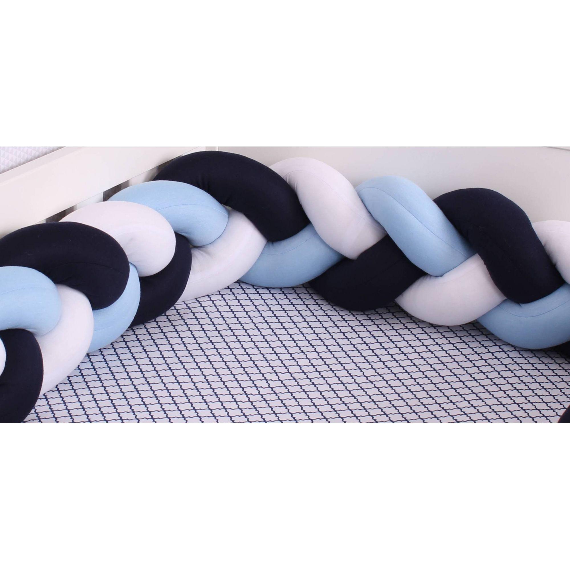 Protetor de Berço em Trança Azul Bebê,Marinho e Branco 4m  - Toca do Bebê