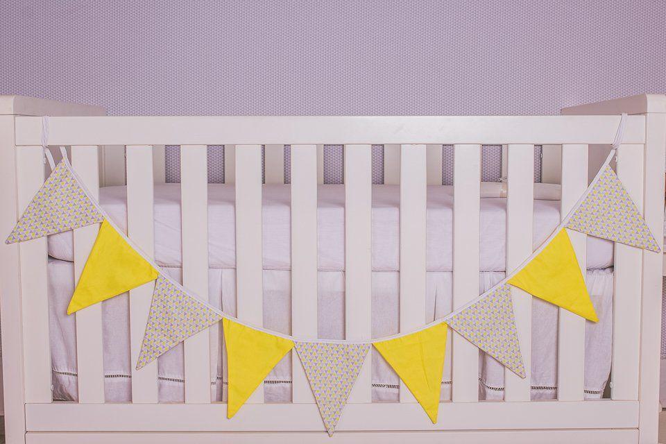 Varal Decorativo de Bandeirinha Triângulo Amarelo