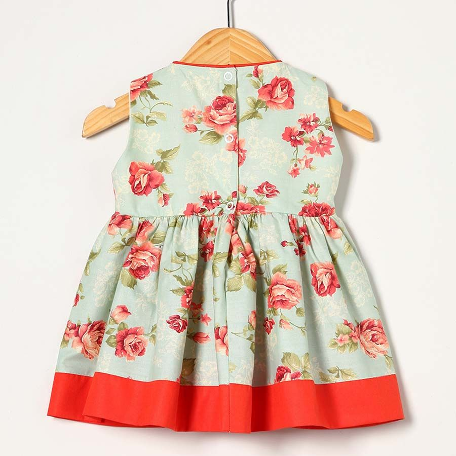 Vestido Laranja com Floral  - Toca do Bebê