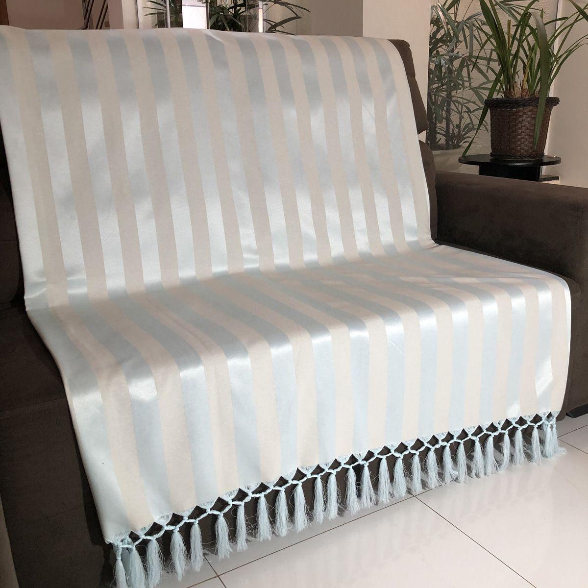 Manta Para Sofá em Tecido Jacquard Listrado Azul Claro com Bege 190x140cm