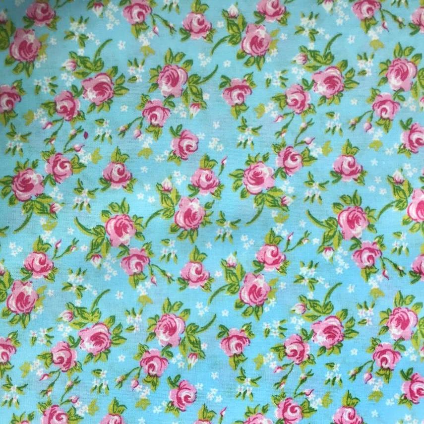 Tecido Tricoline Miosotis Floral Rosa e Fundo Azul - 1,50m de Largura