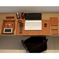 Home Office em Couro Caramelo