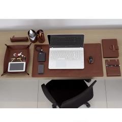 Home Office em Couro Chocolate
