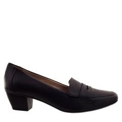 Sapato Mocassim com Salto Preto
