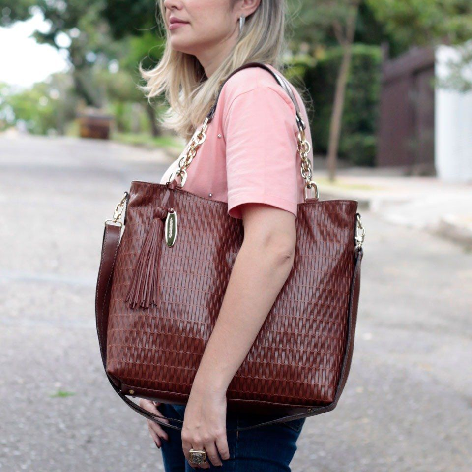 Bolsa Feminina com Corrente Chocolate