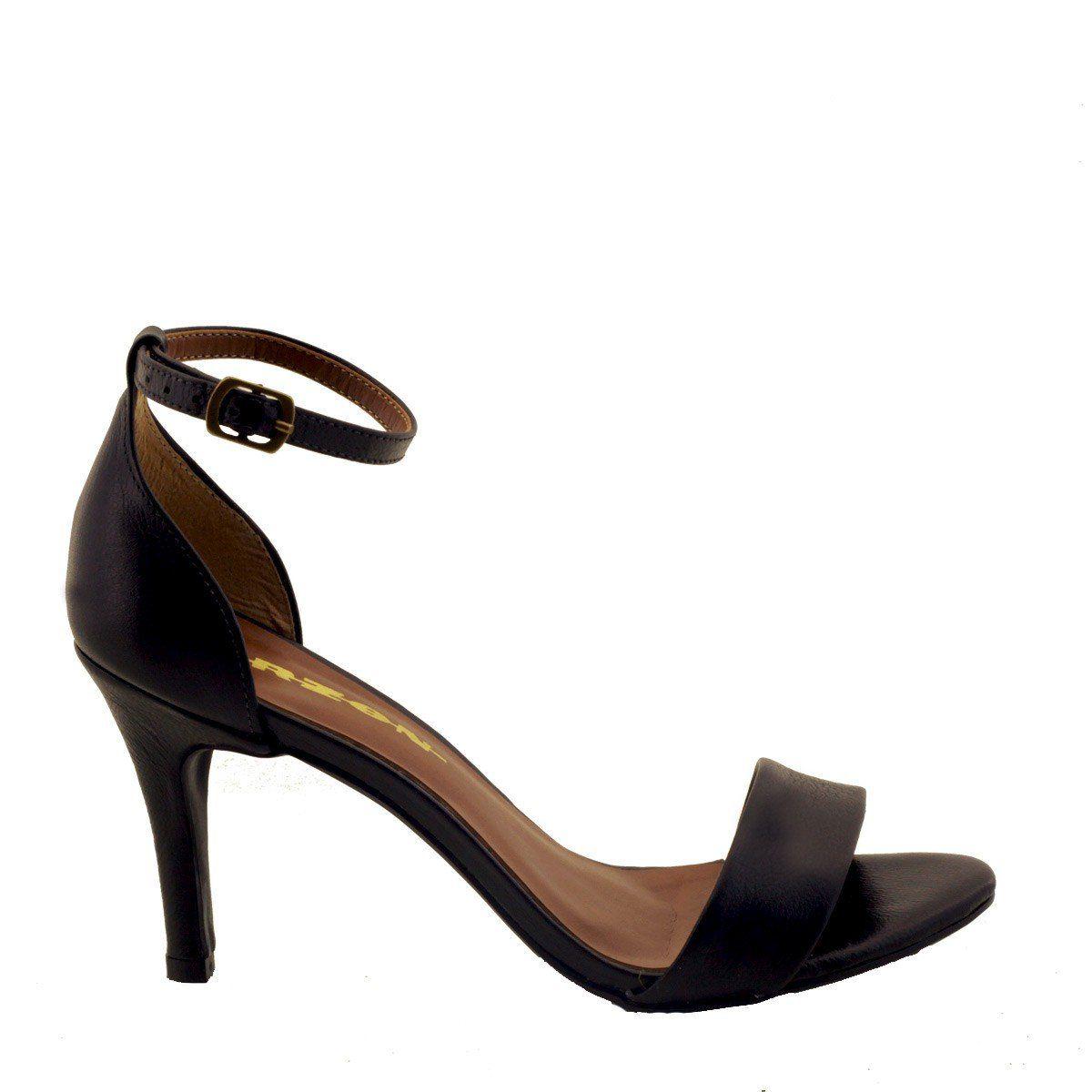 Sandália com Salto Fino Preta