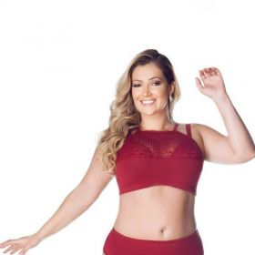Sutiã cropped strappy bra plus size renda Nayane Rodrigues  -