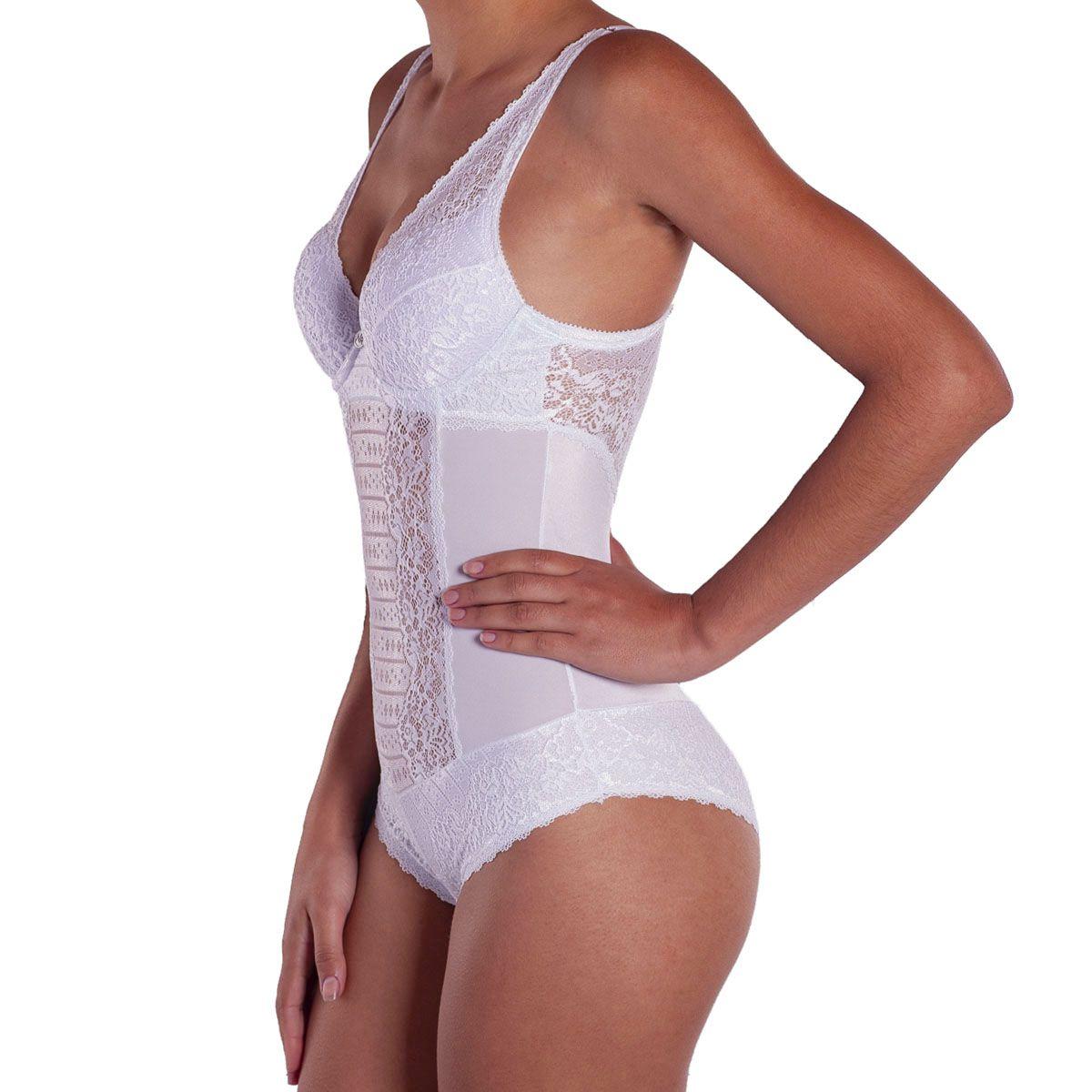 Body feminino com bojo e renda sensual lingerie Nayane Rodrigues