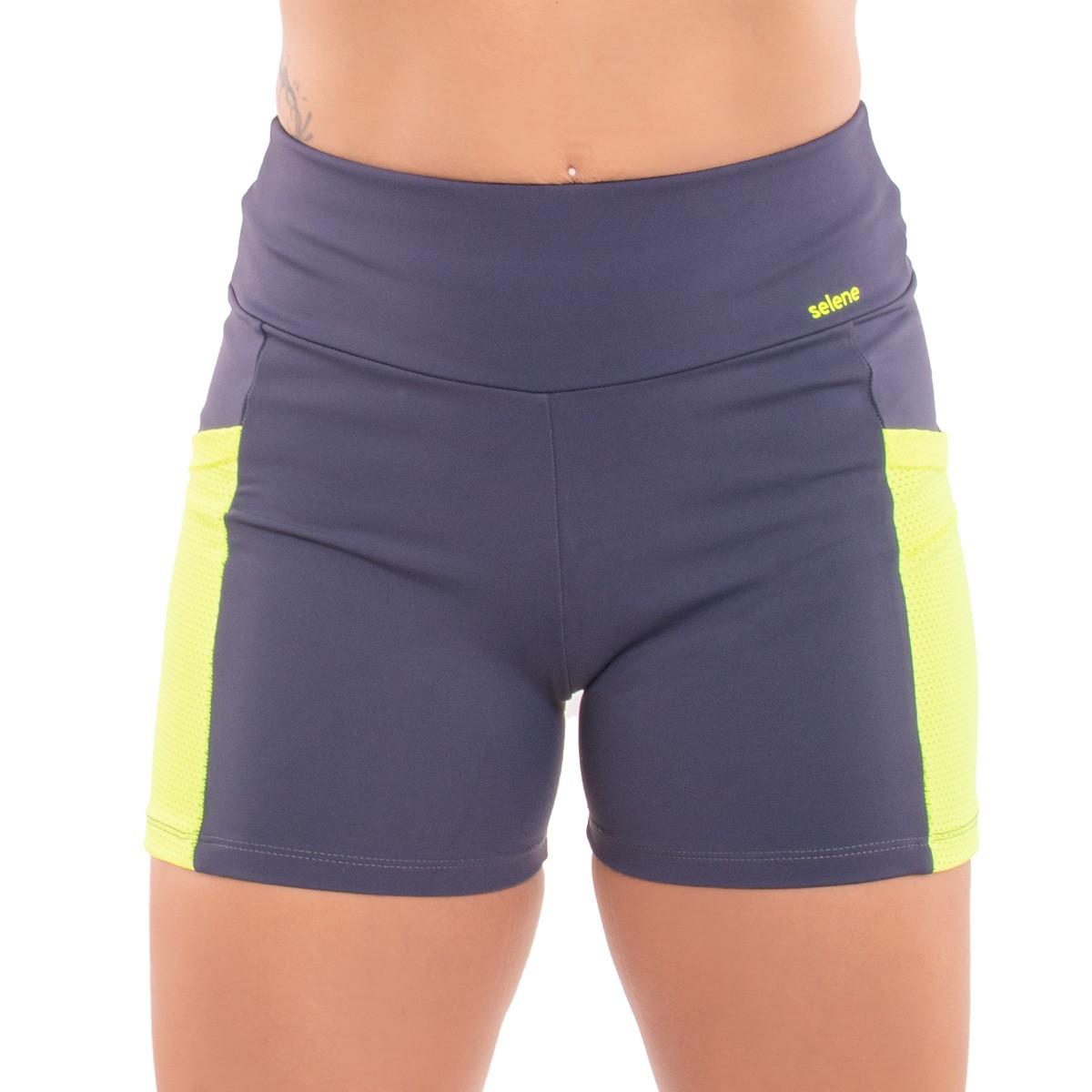Shorts feminino fitness com bolso Selene .