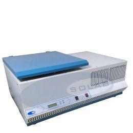 Centrifuga de Bancada Refrigerada Rotação de Trabalho até 6.000 rpm 220V Solab