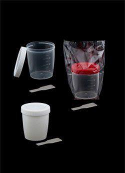 Coletor com pá, não estéril, a granel 70ml, translúcido, tampa branca,  cx c/ 500 unid. cralplast.