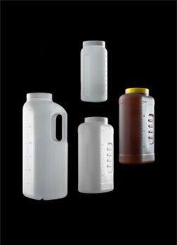 Coletor de urina 24 horas, a granel, cor âmbar, tampa amarela, volume 2 litros, sem alça, caixa com 40 peças. cralplast.