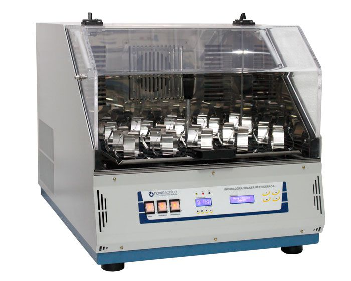 Incubadora Shaker de Bancada c/ Agitação Orbital Novatecnica