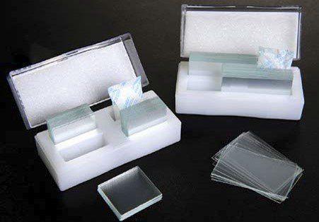Lamínula 24 x 24 mm 1000 und./cx. Firstlab