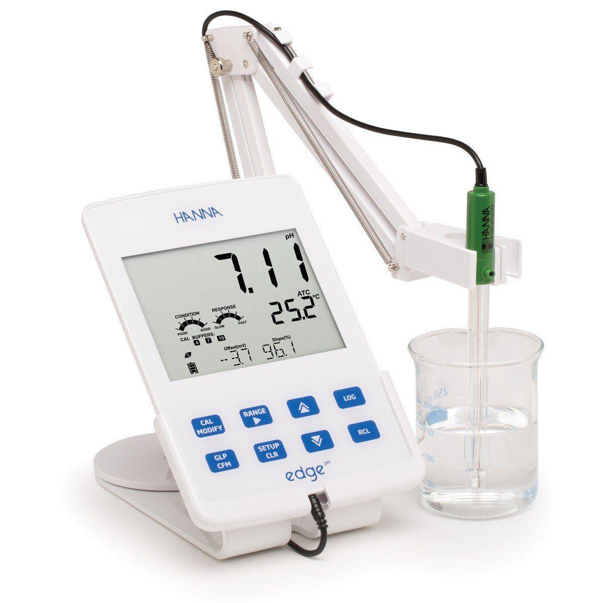 Medidor Edge® para EC / TDS / Salinidade 220V Hanna