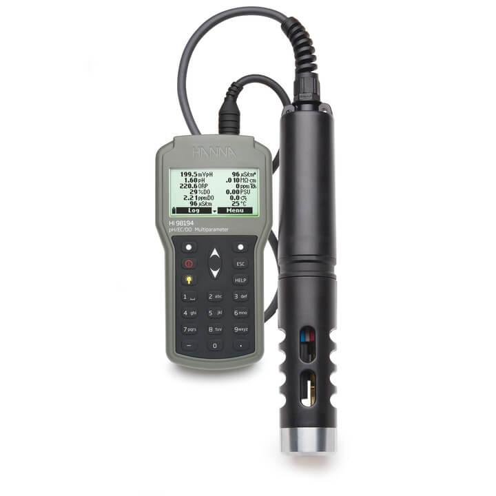 Medidor Multiparâmetro pH / ORP / EC / TDS / Salinidade / DO / Pressão / Temperatura  à prova d'água Hanna FG