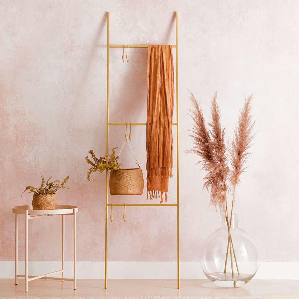 Escada Decorativa Dourada Em Metal 1,55 x 40cm D'Rossi
