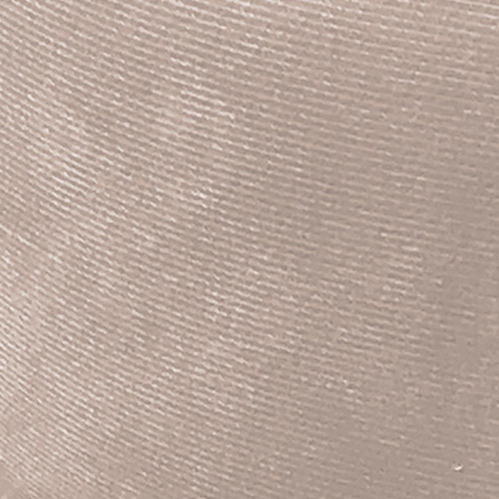 Poltrona Opala Estampado Preto Escrito D62 e Suede Bege Pés Palito Castanho D'Rossi